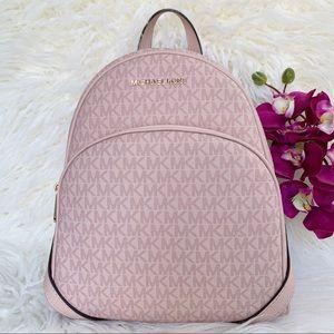 NWT Michael Kors Abbey Backpack